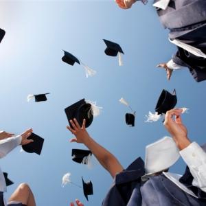 iStock_000016021556Small Graduation