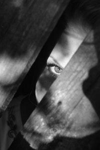 black-and-white-creepy-dark-25757